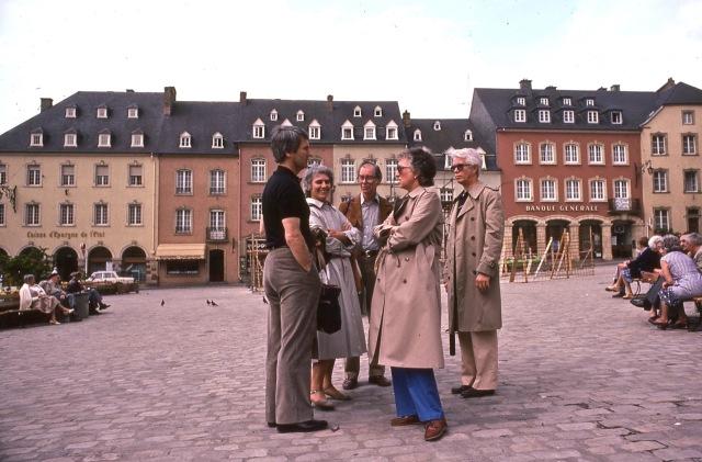 Burt, Gisela, Wolfie, Jeanne, Bob